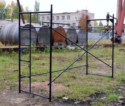 Приставные металлические строительные леса - main